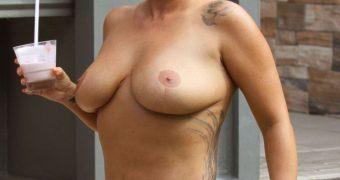 Kerry Katona- Topless Nude British Babe whips off her Hot Bikini