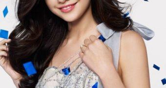 sweet teen Selena Gomez again