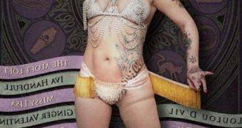 Danielle Colby Cushman - Burlesque Queen