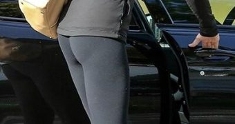 Cameron Diaz Booty in tights at the gym in Studio City