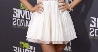 Ariana Grande Leggy at the MTV Movie Awards in Culver City