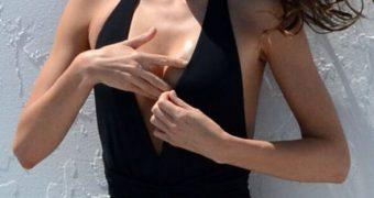 Miranda Kerr in Bikini and Swimsuit Photoshoot in Miami