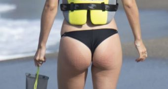 Victoria Swarovski in Sexy Black Bikini