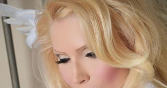 Karyn....Blonde Bombshell Supermilf