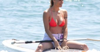 Michelle Hunziker in Sexy Bikini
