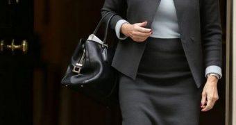 UK Pantyhosed Politician - Anna Soubry