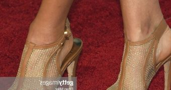 Diana Krall Feet No Nude