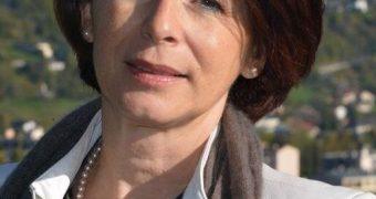 French mature politician (non-nude)