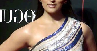 Yami Gautam - Glamorous Indian Celeb at Nykaa Power List Awards