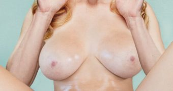 BIG BANG THEORY Nudes : Melissa Rauch