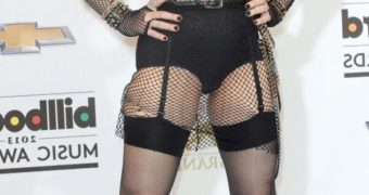 Madonna - Oldie Celeb in Tights