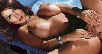 Jennifer Love Hewitt  FAKES