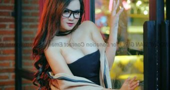 Vee Moon Model Bikini Indonesian Majalah Gress indo