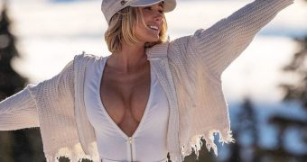 Sara Jean Underwood - Blacked Covers