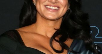 Gina Carano - Busty Hollywood Strong-woman in Star Wars Premiere