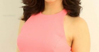 Tamannaah Bhatia- Busty Indian Bollywood Diva in Sexy Pink Dress