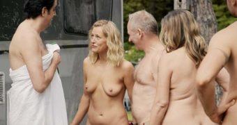 Theresa Healey  nackt