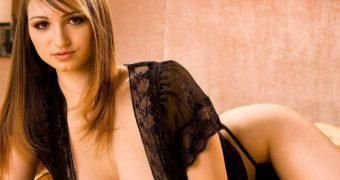 Huge Boobs Carita Tevez Top Model