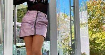 falda morada