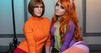 Meg Turney & Jessica Nigri Velma and Daphne