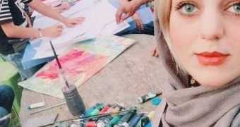Gorgeous Hwaida Ali The Iraqi painter