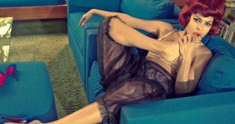 Eva Mendes Spectacular