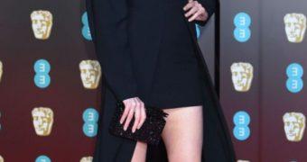 Karen Gillan sexy legs