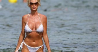 Victoria Silvstedt in a White Bikini - what could be better?