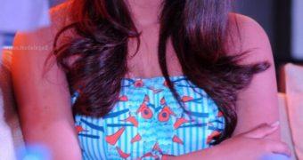 Priyanka Chopra- Busty Indian Bollywood/Hollywood Celeb Hot Pics