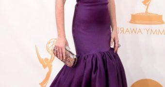 Alyson Hannigan sexy purple dress