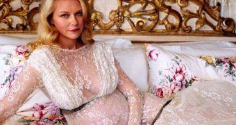 Kirsten Dunst - Huge Preggers Tits