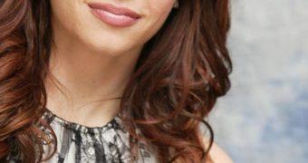 Melinda Clarke / American Actress