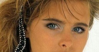 Famous Gals: Ami Dolenz