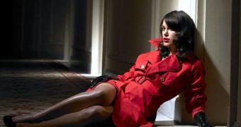 Keira Knightley stunning