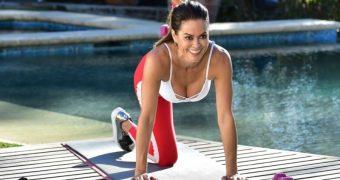 Brooke Burke yoga